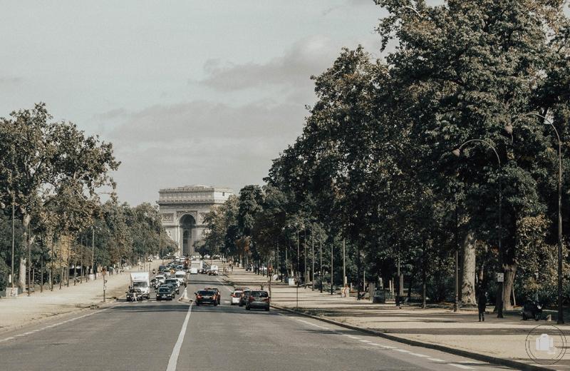 guia paris rive droite arco del triunfo