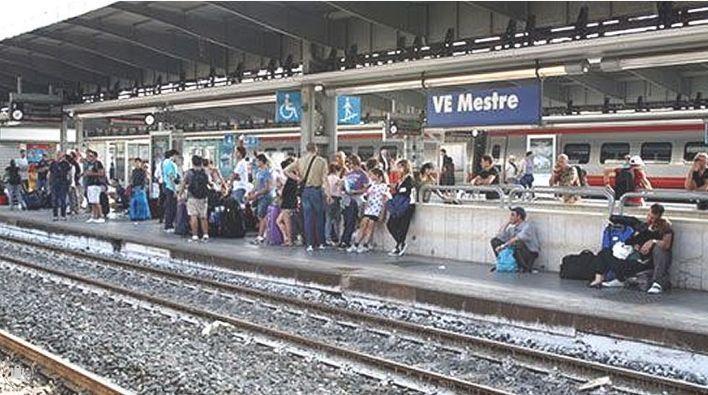 estación mestre tren paris venecia